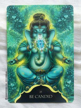 Whispers of Lord Ganesha Oracle cards de Angela Hartfield - Graine d'Eden…