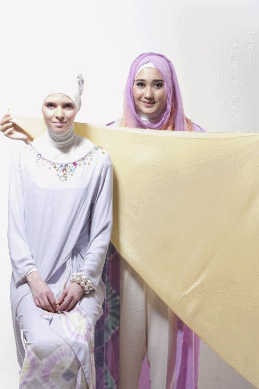 Tutorial Hijab DiangPelangi.net The Wavy Twist