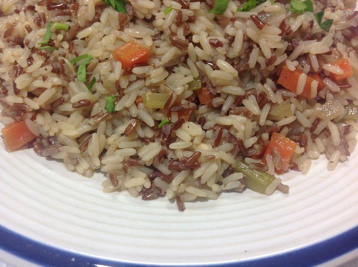 طريقة عمل الرز الأحمر البري بالخضروات