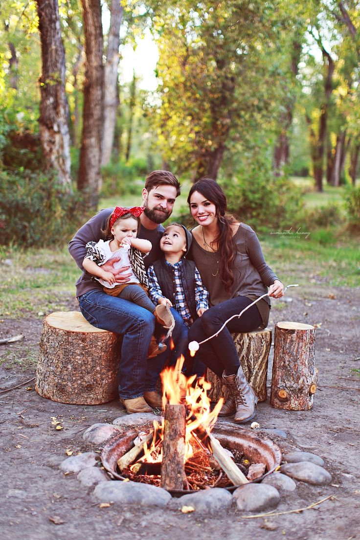 Samantha Hanny Photography » Campfire family pictures