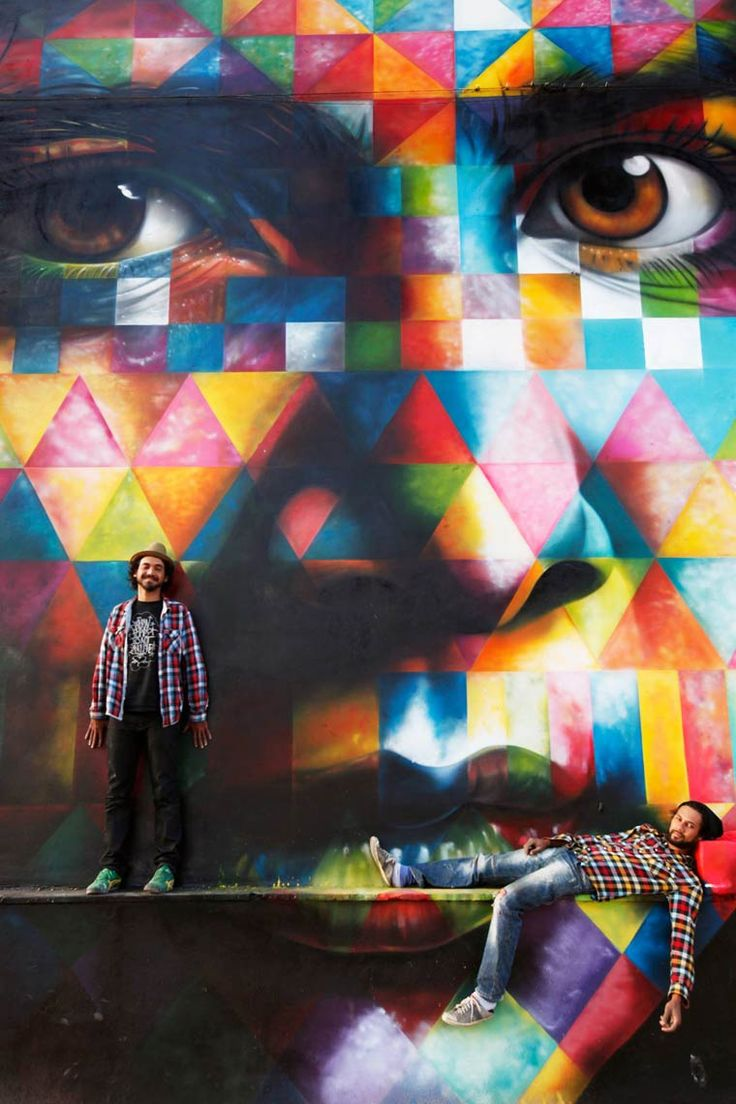 Une sélection des impressionnantes créations street art du talentueux artiste brésilien Eduardo Kobra, originaire de Sao Paolo. De magnifiques oeuvres giga
