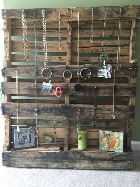 Reusing a pallet, pallet DIY, pallet jewelry holder