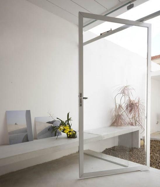 Cube House   São Paulo, Brasil   AR Arquitetos #simplicity #minimalism # Minimal