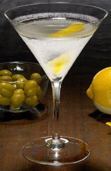 #martini #vodka #gin #Bond