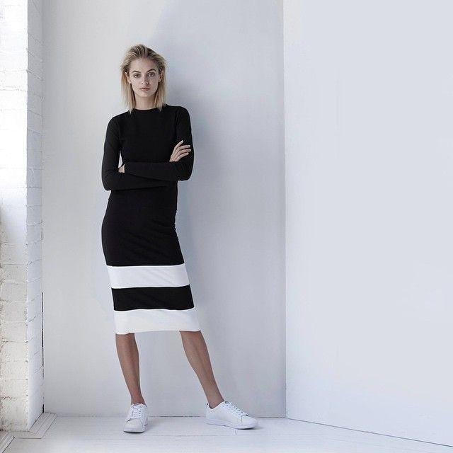 #分享Instagram# Simple Silhouettes | Idina wears our Kors Crop, Cruise tube skirt + Lacoste Seaker from our new Collection Eternal. Made in Australia #viktoriaandwoods