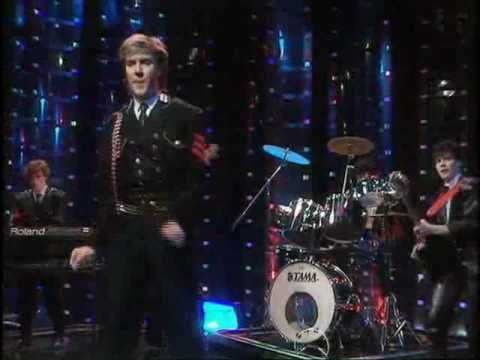 Duran Duran: Friends Of Mine (Swap Shop) Just awesome..great cut between the video and the performance.
