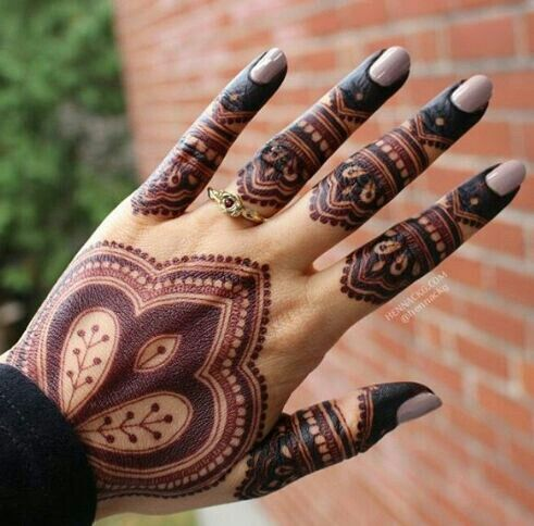 love the simple yet bold Mehr
