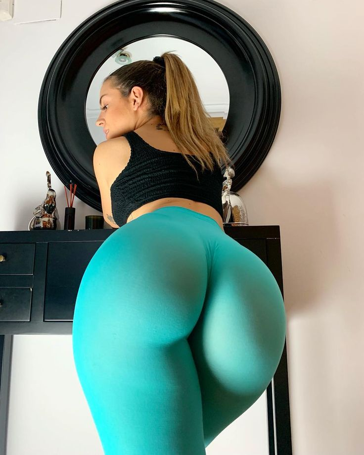 sexy-girl-pregnant-yoga-pants