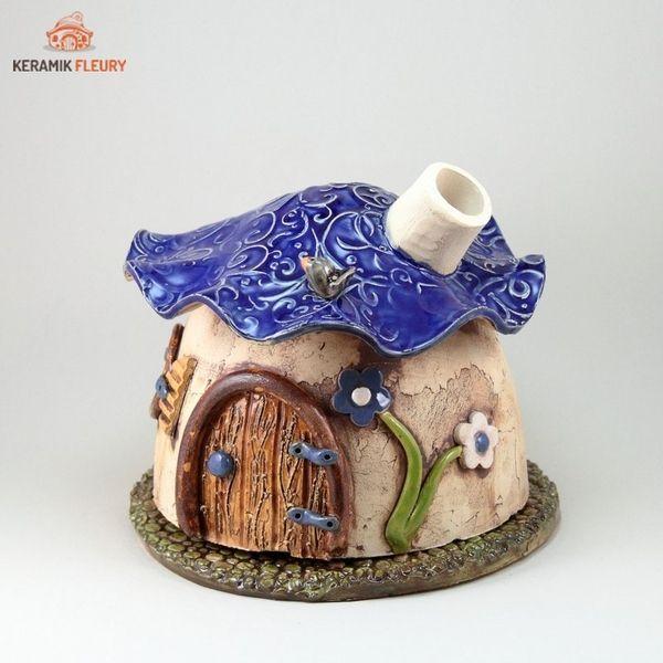 Keramik Räucherhäuschen Wichtel räuchern von Keramik-Fleury auf DaWanda.com:
