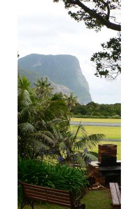Waimarie Lord Howe Island Located 1.5 kilometres to main shops and 150 metres to Lagoon and surf beach. Waimarie is set amid a lush sub-tropical garden with breath taking views of mountains, lagoon and ocean. An easy bicycle ride or walk to all island attractions.  http://www.lordhoweisland.info/lodges/waimarie/