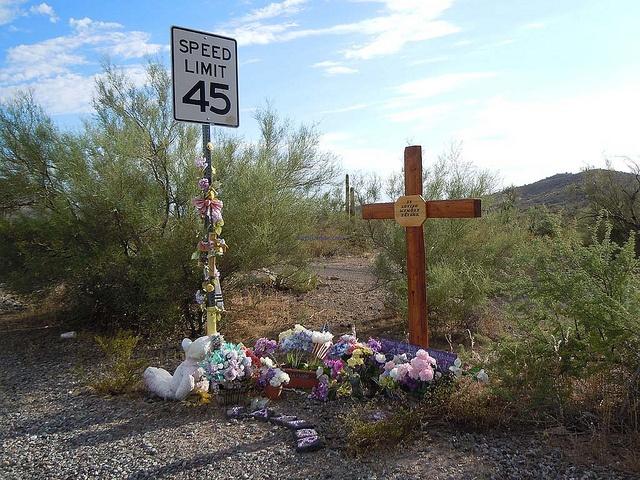 A Ef B D Dd F Grave Memorials Alters