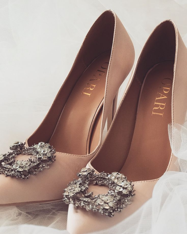 Wedding Shoes with buckle! #oparishoes #weddingshoeswithbuckle #pinkweddingshoes #nudeweddingshoes