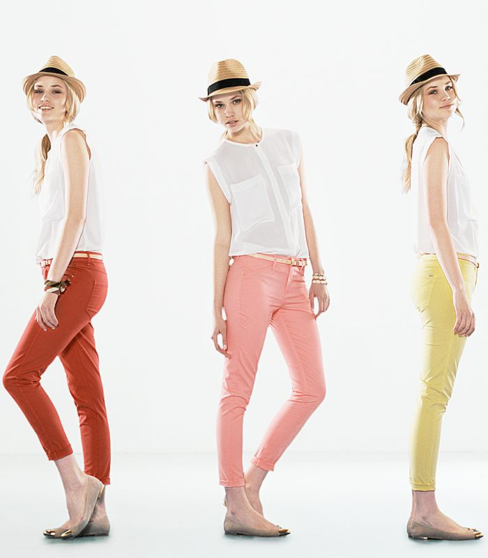 Get your favourite coloured trousers at MANGO: red, yellow or green… we've got them all and at irresistible prices!