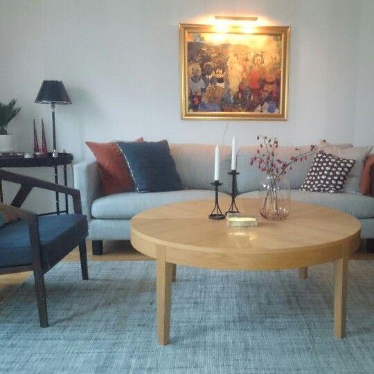 Vardagsrum, Soffbord ROOM, Fåtölj Oscar & Clothilde, Soffa Ihreborn.