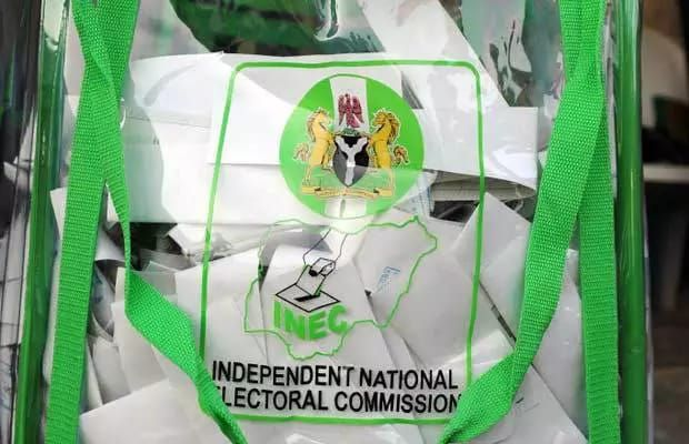 REVEALED! Jega's INEC Got N5 Billion From Donors For 2015 Elections - http://www.thelivefeeds.com/revealed-jegas-inec-got-n5-billion-from-donors-for-2015-elections/