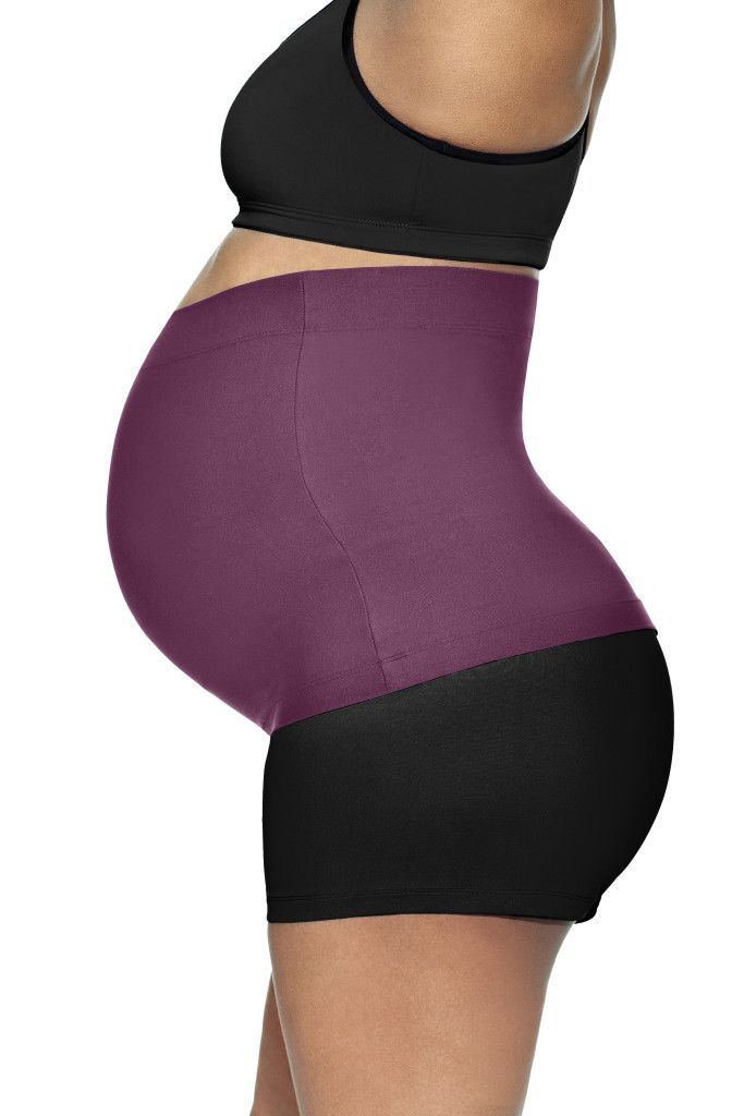 """BaoBei Maternity: Working out with a pregnancy belly can feel uncomfortable. These bands are made to feel like a """"sports bra for the belly"""". Slip one of these soft, but structured, bands on and you will instantly feel pulled together, as the band takes pressure off the lower back; helping your posture and ab muscles. A hidden gem. Check out more pregnancy fitness must-haves #ontheblog: http://blog.guguguru.com/pregnancy-fitness-must-haves/"""