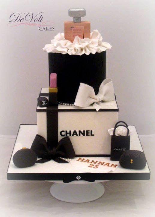 White square Chanel cake, black round cake, Chanel perfume bottle cake