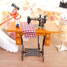 Retro Vintage Miniature Furniture Sewing Machine for 1:12 Scale Barbie Dollhouse