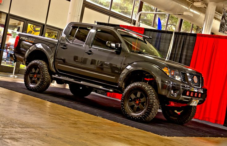 Murdered out 2010 Nissan Frontier 2