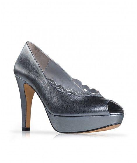 Zapato de fiesta en piel con ondas de pedrería