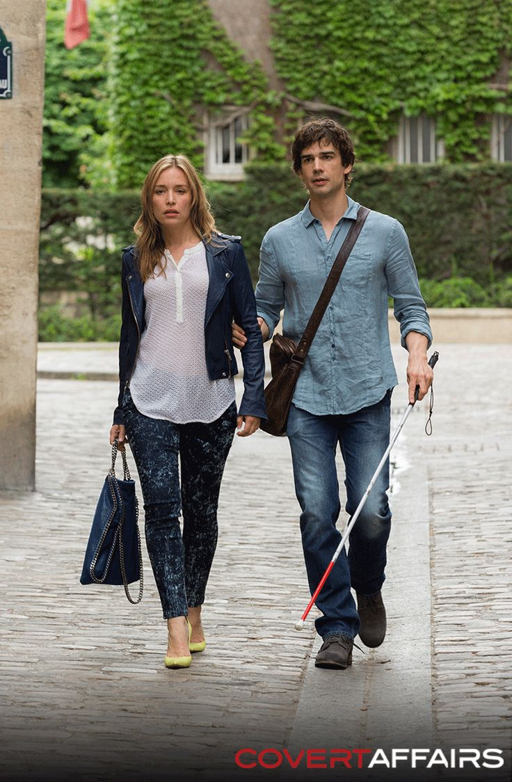 Annie Walker and Auggie Anderson - Covert Affairs                                                                                                                                                                                 Mais
