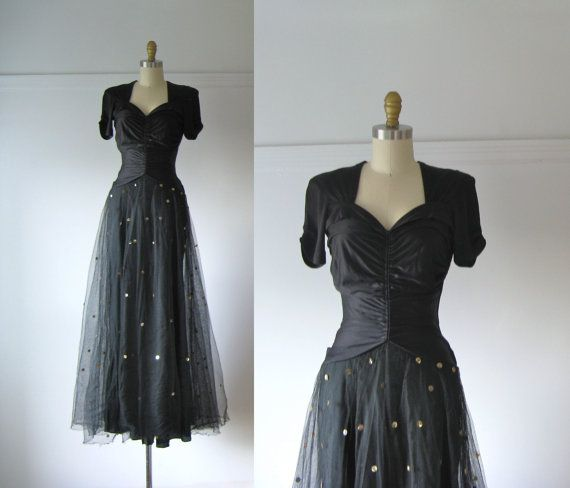 Hey, I found this really awesome Etsy listing at https://www.etsy.com/au/listing/168478606/vintage-1940s-evening-dress-40s-dress
