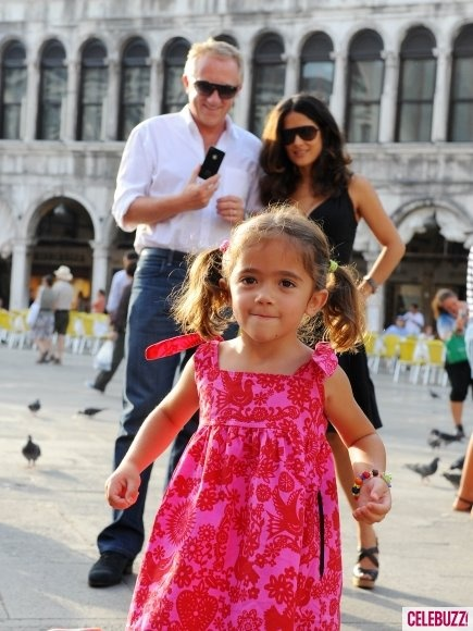 Salma Hayek with hubby and daughter Valentina in Venice- wearing Redfish:)