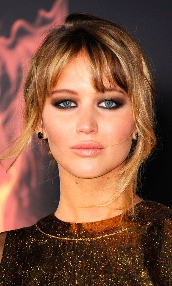 smoky eyes:  Jennifer Lawrence At The LA Premiere Of The Hunger Games, March, 2012