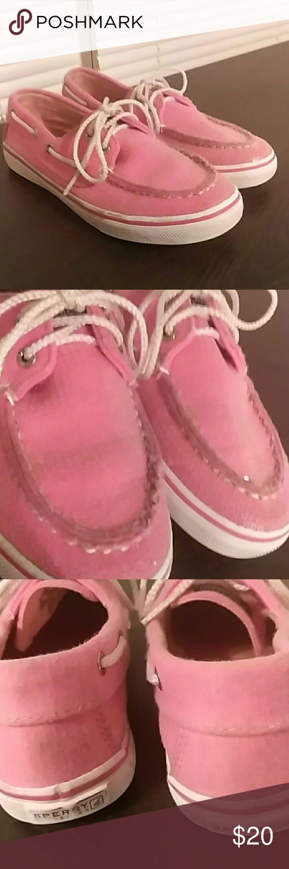Girls Pink Sperry Top Siders Size 3.5 Bubble gum pink Sperrys in good condition with no stains or tears and comes from a smoke and pet free. Has minor scuffing that could be removed. Shoes have been worn for a couple of months but has tons of life left! From a smoke and pet free home. Sperry Top-Sider Shoes