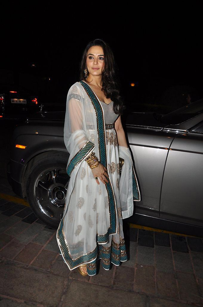 Bollywood, Tollywood & Más: Preity Zinta and Dino Morea at Abhinav & Ashima Shukla's Wedding Reception