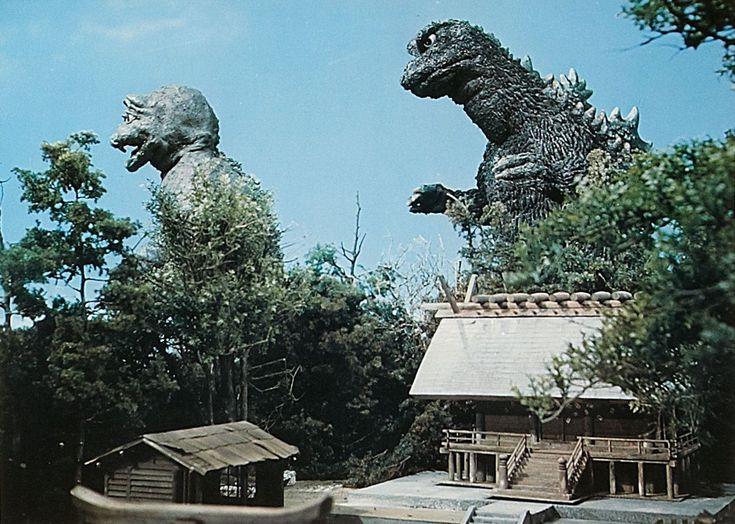 Destroy All Monsters (Kaijû sôshingeki / Monster Invasion) (1968, Japan)