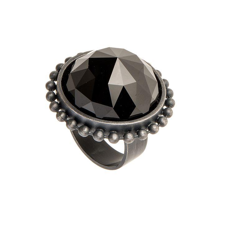 Ring from RAY collection by Anna Orska. #orska #annaorska #summercollection #swarowski