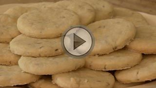 Cracknels. An 18th Century Recipe from Colonial Williamsburg.