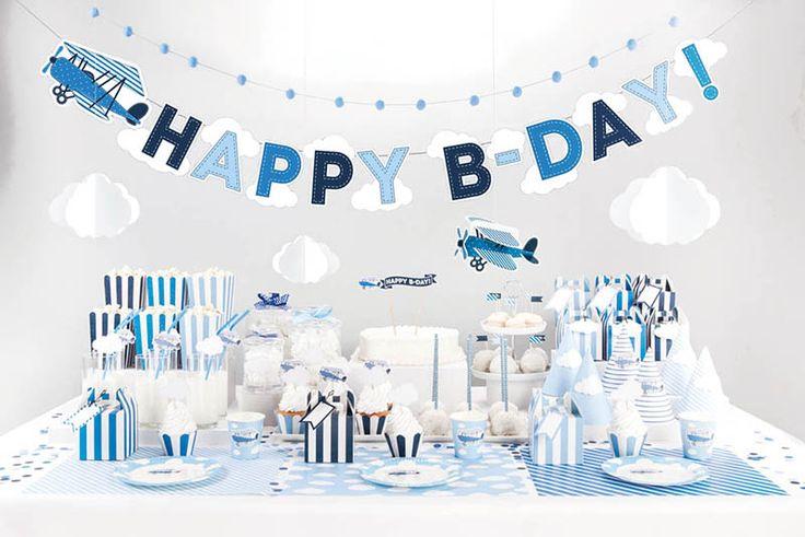 Notre collection Annviersaire Petit Avion rétro et nuages pour une sweet table bleu et blanc http://www.mybbshowershop.com/anniversaire-petit-avion-dans-les-nuages-c717.html