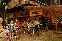 Komplex čtyř zábavních areálů s největší nabídkou služeb a zábavy v Česku. Dovolená pro celou rodinu, letní výlety, dětské tábory a firemní akce po celý rok.
