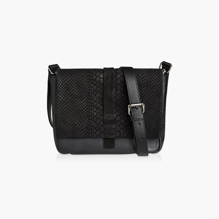 IVY - BLACK CALF/SNAKE. Ivy will fit all your essentials and look incredible stylish while doing it.