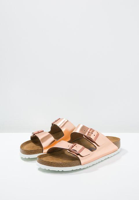 Chaussures Birkenstock ARIZONA - Mules - metallic copper cuivré: 89,95 € chez Zalando (au 06/03/18). Livraison et retours gratuits et service client gratuit au 0800 915 207.