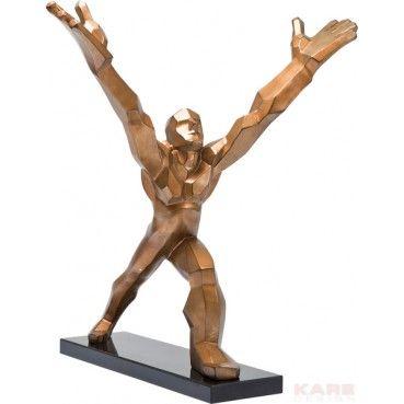 Superbe #sculpture en fibre de verre posé sur un socle en #marbre noir. Son esprit très contemporain et sa couleur doré donnent à cette objet un supplément d'âme qui en feront une pièce maitresse de votre #décoration. Deco Strong Man or Kare #Design