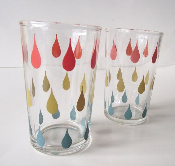 Pair of Adorable Vintage Juice Glasses with Tear by planetalissa, $8.00