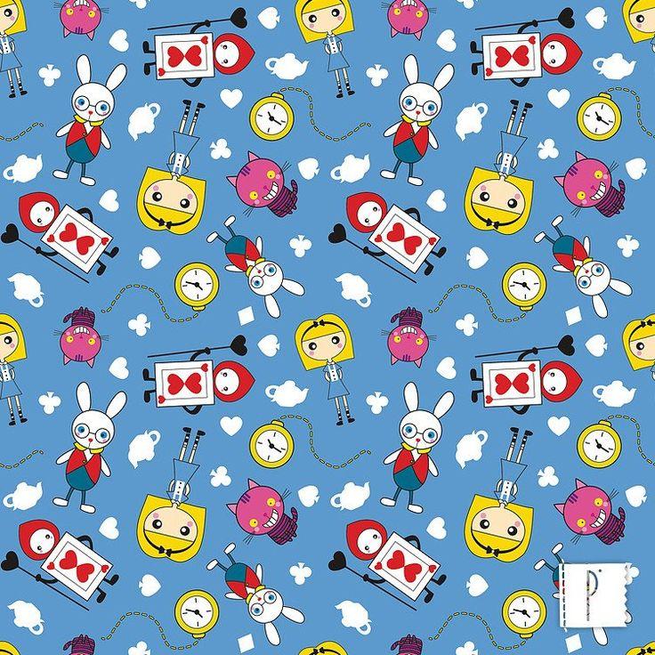 A estampa da Alice No país das maravilhas, disponível em diversos tecidos de algodão e poliéster. Confira em www.panolatras.com.br