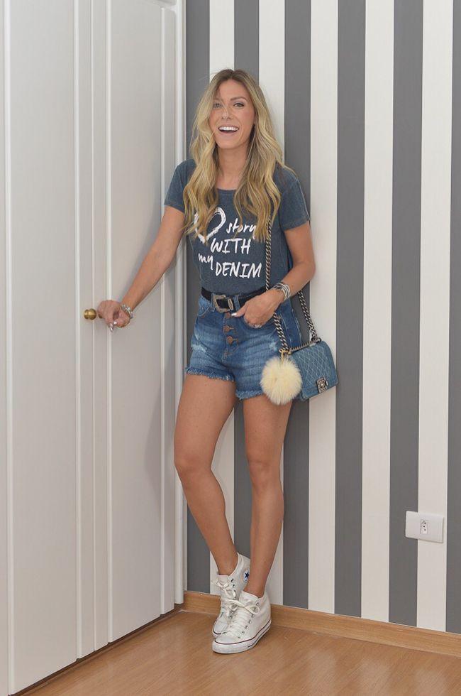 looksly - Nati Vozza com shorts e t-shirt do Inverno 2016 combinados com tênis All Star