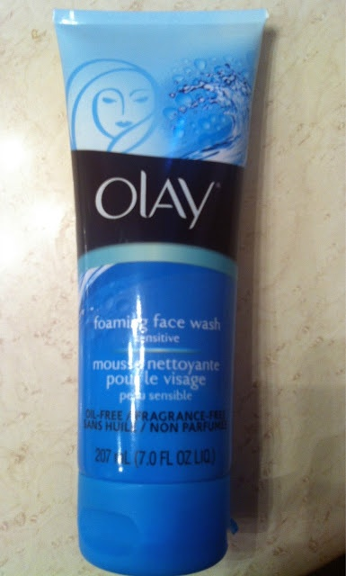 Olay Face Wash for sensitive skin #beautyreview #review