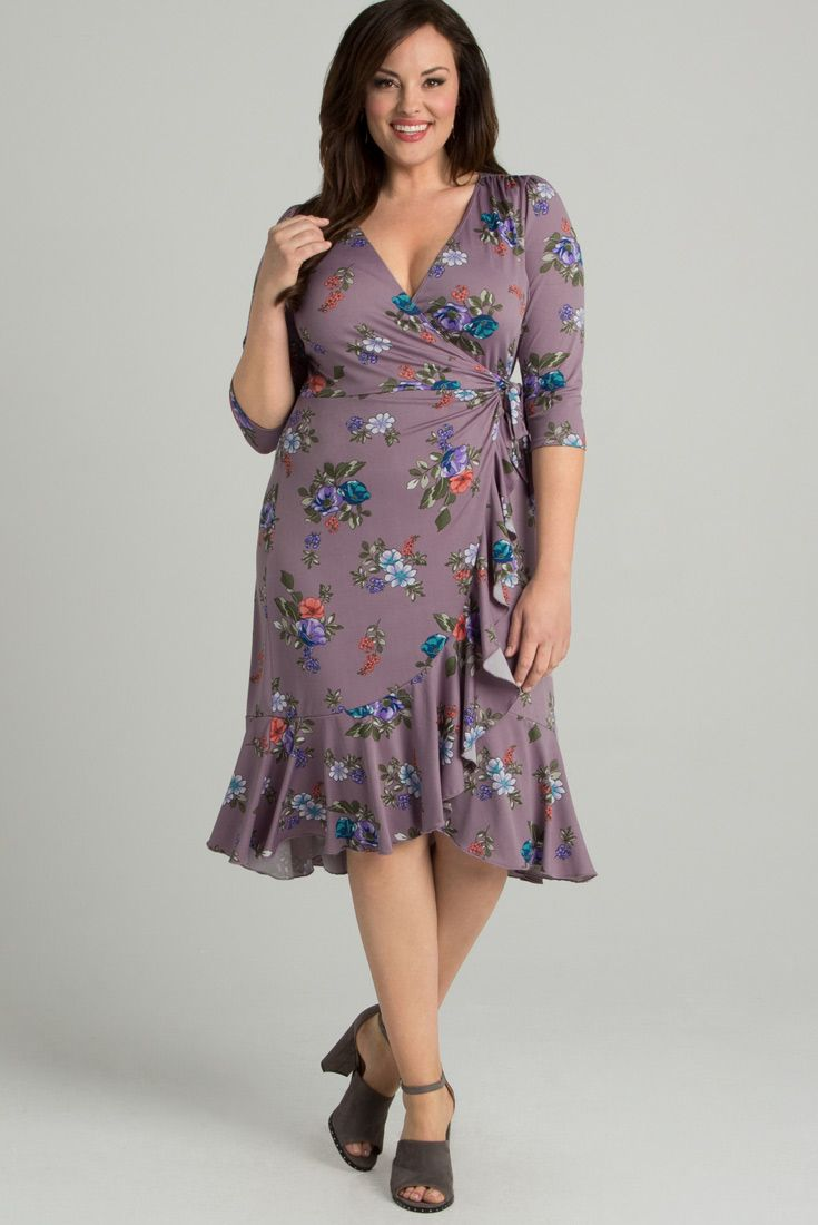 Shop curve-flattering dresses for every occasion in your social calendar.  From ... 2