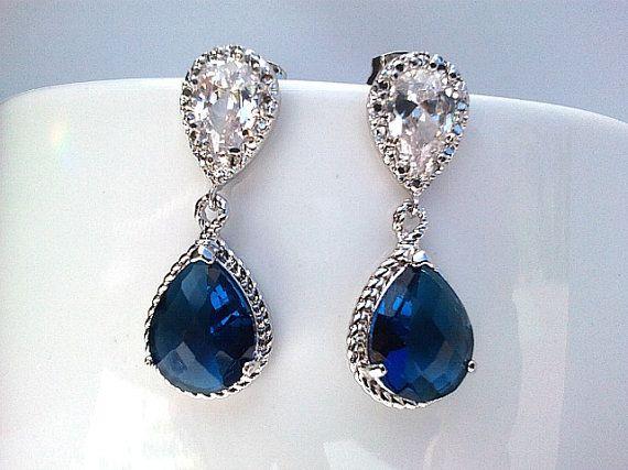 Les boucles d'oreilles saphir marine bleu boucles par LaLaCrystal
