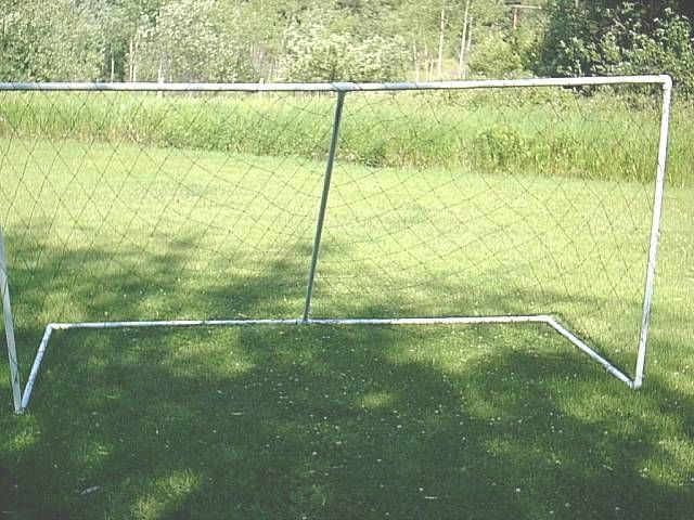 Build these huge durable soccer goals for cheap - Free plans at http://shoppingmatchmaker.com/freesoccergoalplans.htm