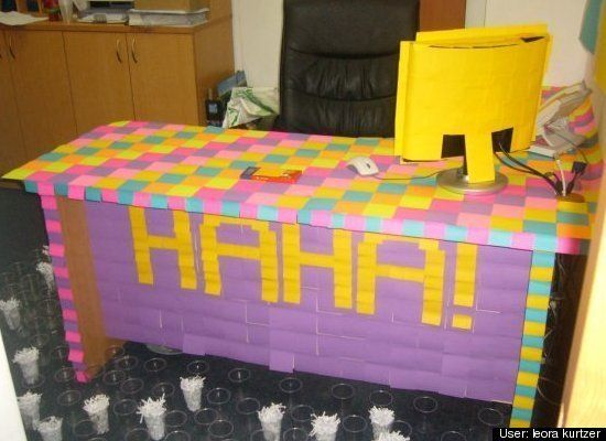 Get complicated with the classic post-it #prank #officehumor