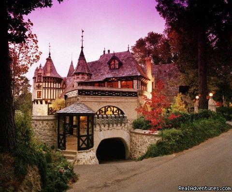 Romantic Escapism at Thorngrove Manor Hotel, Adelaide, Australia Hotels & Resorts - RealAdventures