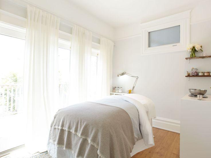 massage therapy // esthetician // esthetics // skin care // treatment room