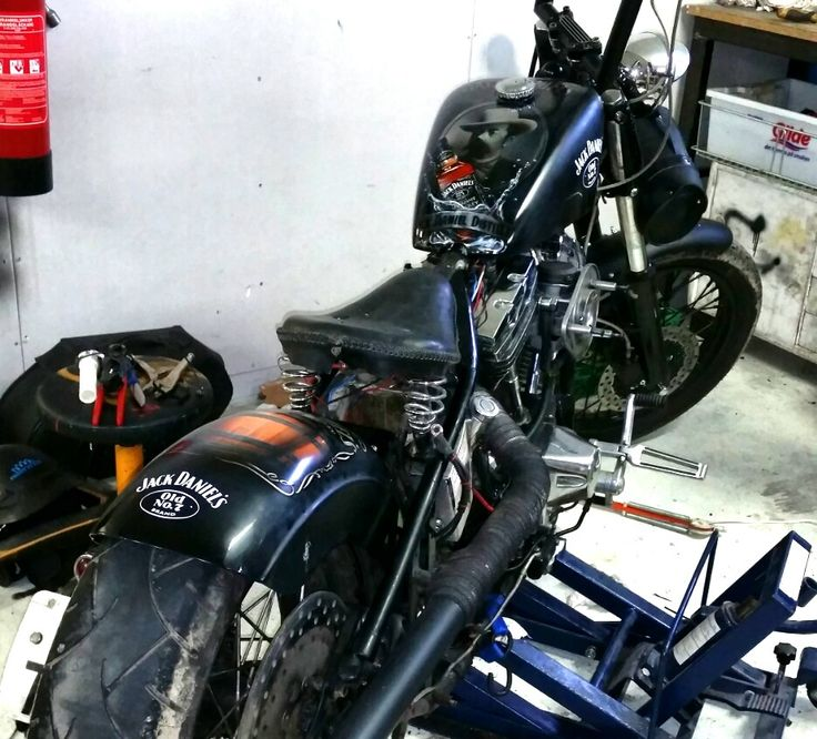 In progress at Dirty Dudes Mc. Inge`s new toy.