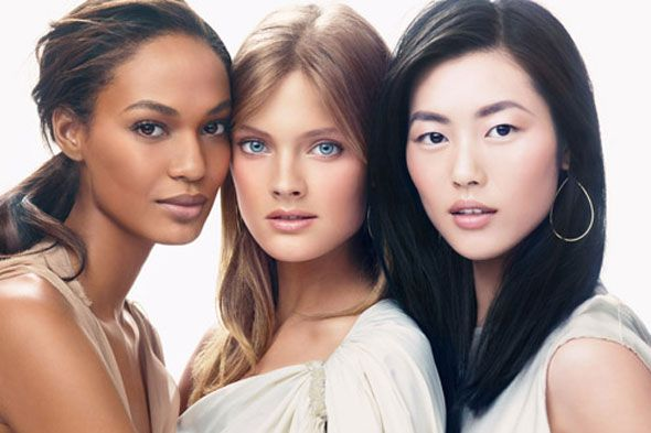Estee Lauder spokesbeauties: Joan Smalls, Constance Jablonski, Liu Wen: Liu Wen, Asian Models, Skin Care, Estes Lauder, Skin Tones, Beautiful Women, Ads Campaigns, Esté Lauder, Joan Small